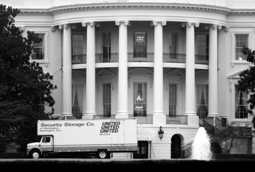 borowitz-movingvansarriveatwhitehousetoremovealltracesofcompetencedignity-1200